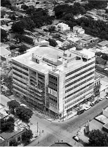 Principal inmueble en construcción 1969